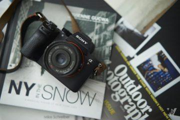 4 ống kính giá tốt cho máy ảnh Sony FE
