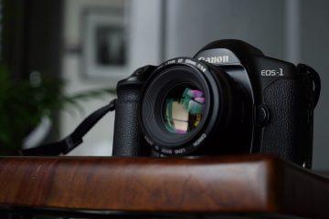 Sau 80 năm, Canon chính thức ngừng bán máy ảnh phim