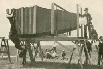 Câu chuyện về chiếc máy ảnh lớn nhất thế giới được tạo ra…chỉ nhằm chụp toàn cảnh một đoàn tàu