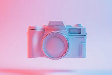So sánh máy ảnh ống kính một tiêu cự cố định: Leica Q2 với Fuji X100V